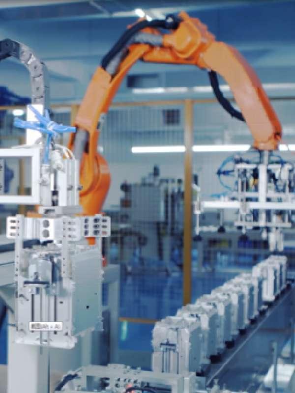 新宝多士炉自动化总装线